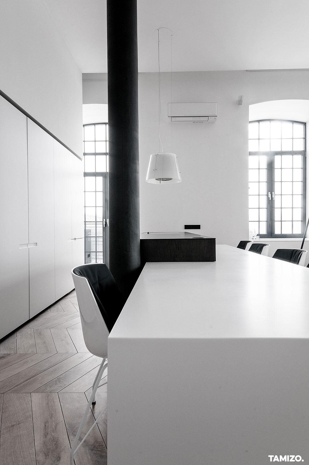 I037_tamizo_architekci_projekt-wnetrz-loft-scheiblera-lodz-mieszkanie-realizacja-37